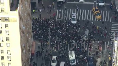 Huge Protest Crowds March Peacefully in Manhattan Saturday