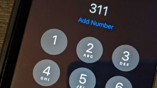 An iphone calling 311