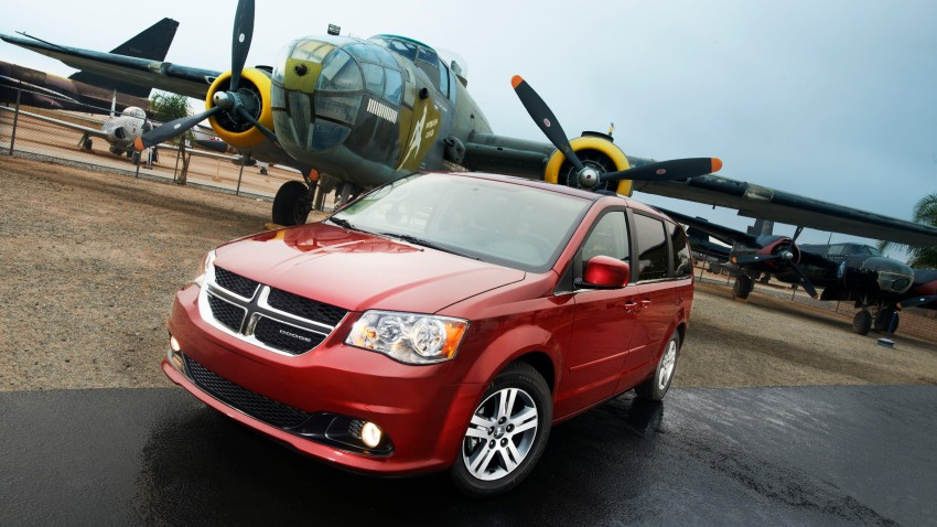 CHRYSLER 2011 DODGE GRAND CARAVAN