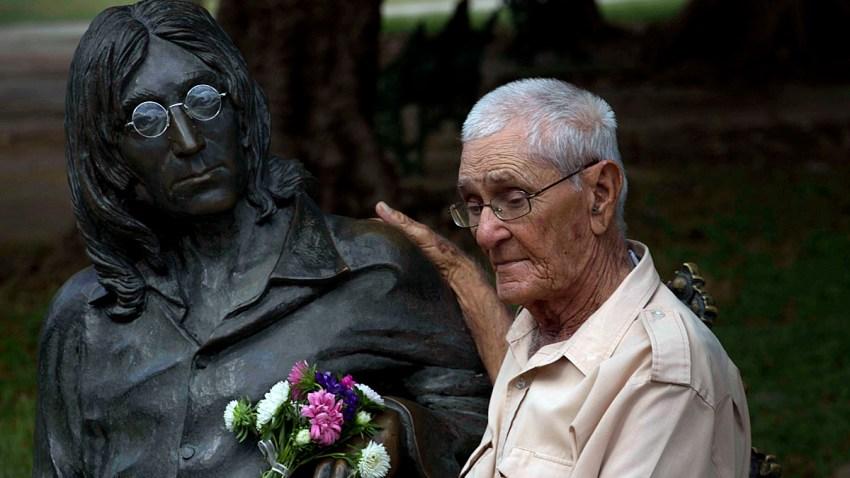 Cuba Lennon's Glasses