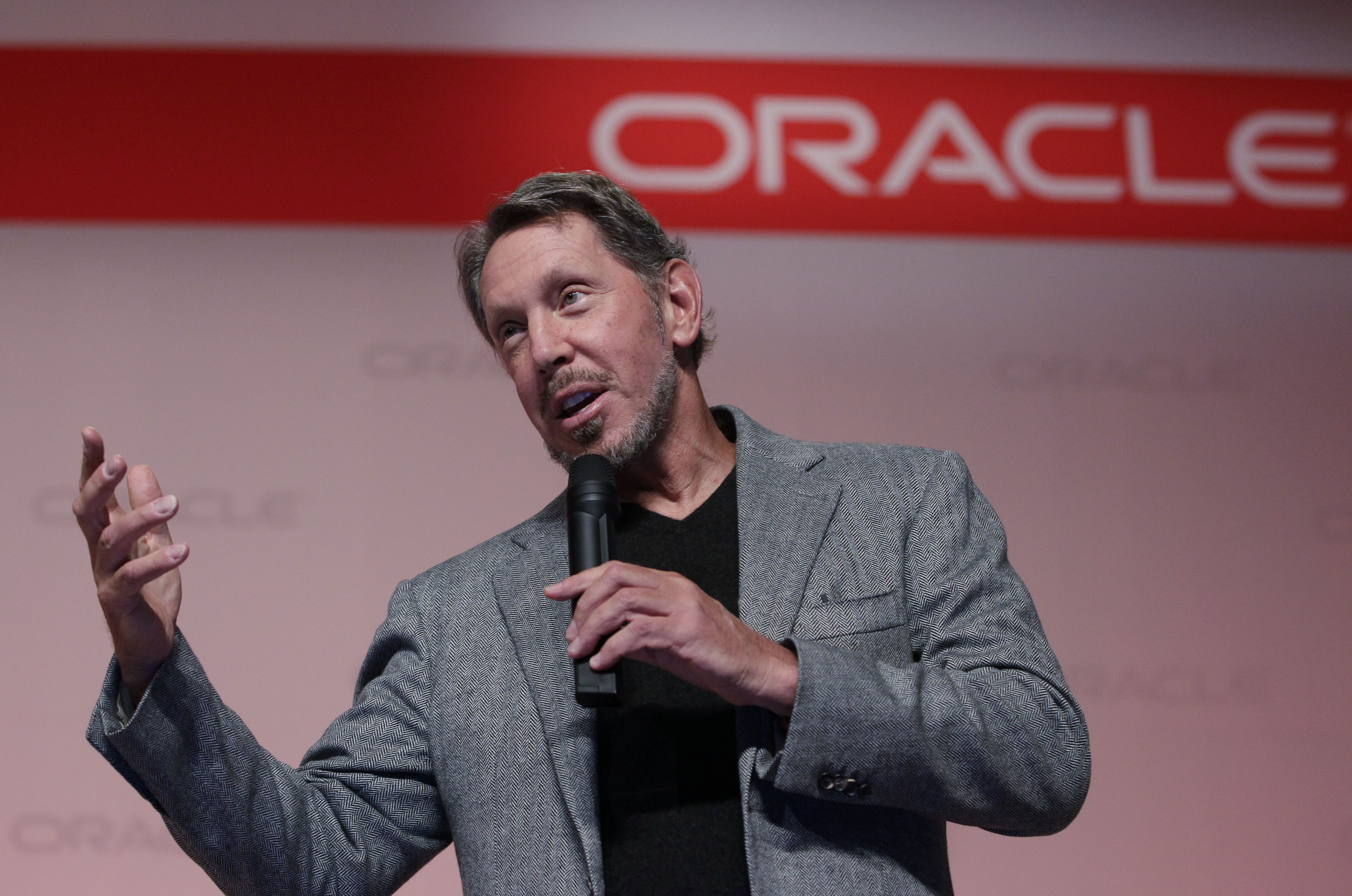 Oracle in Talks to Acquire TikTok's US Operations, Challenging Microsoft, Source Says