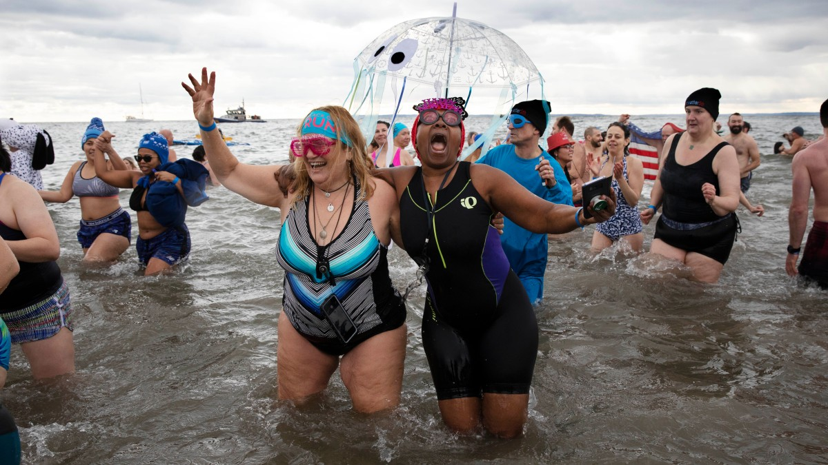 2020 Starts On Frigid Note At Annual Coney Island Ocean