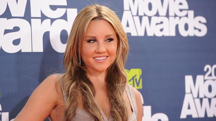 112784894JM126_2011_MTV_Mov