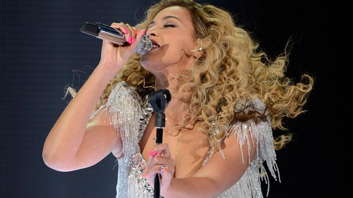 145340717AC002_Beyonce_Perf