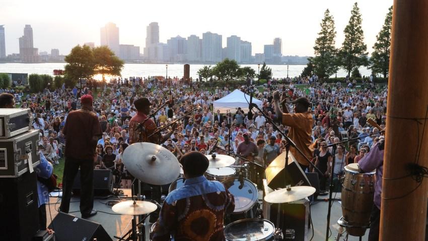 Battery City Park - Orchestra Baobob
