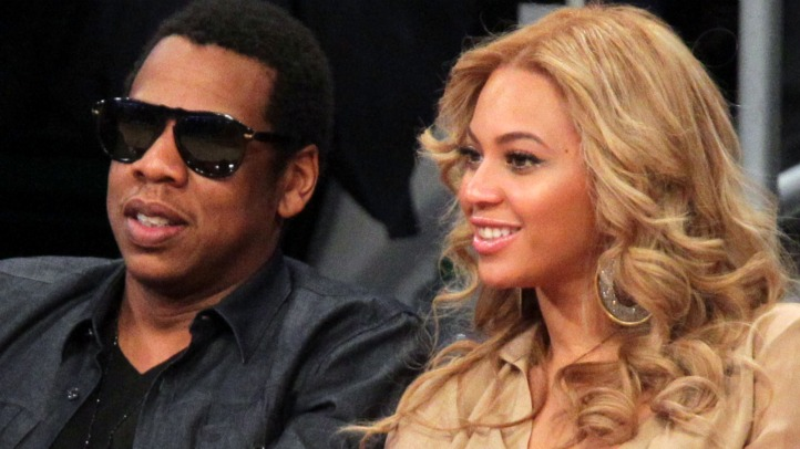 Beyonce and Jay Z at NBA All Star game