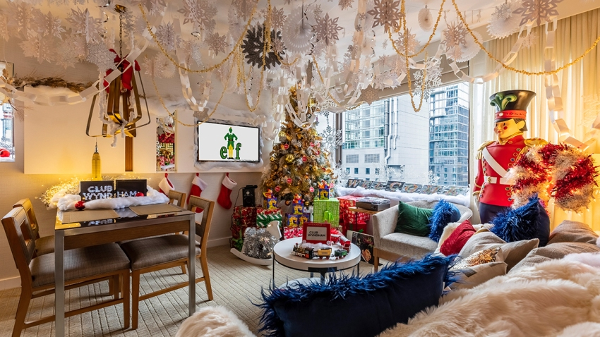 Club Wyndham Midtown 45-Holiday Suite Inspired by Elf-3 resized