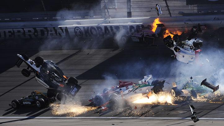 Dan Wheldon crash 101611
