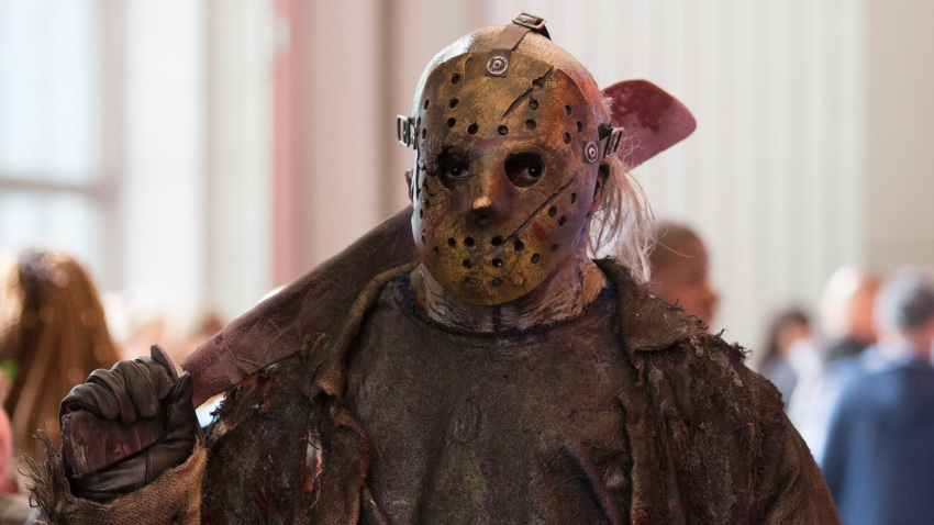 Friday The 13th Villain Jason Voorhees Stars In New Psa Encouraging Wearing A Mask Nbc New York