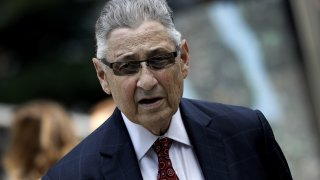 Sheldon Silver arrives at federal court in New York