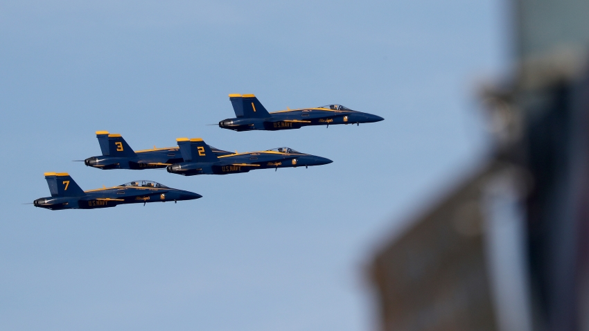 Thunderbirds, Blue Angels Fly Over NYC, Newark in Salute to Frontline Workers