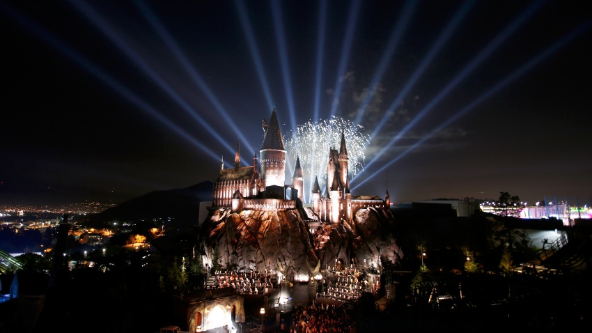 """Hogwarts Castle at the opening of the 'Wizarding World of Harry Potter"""""""
