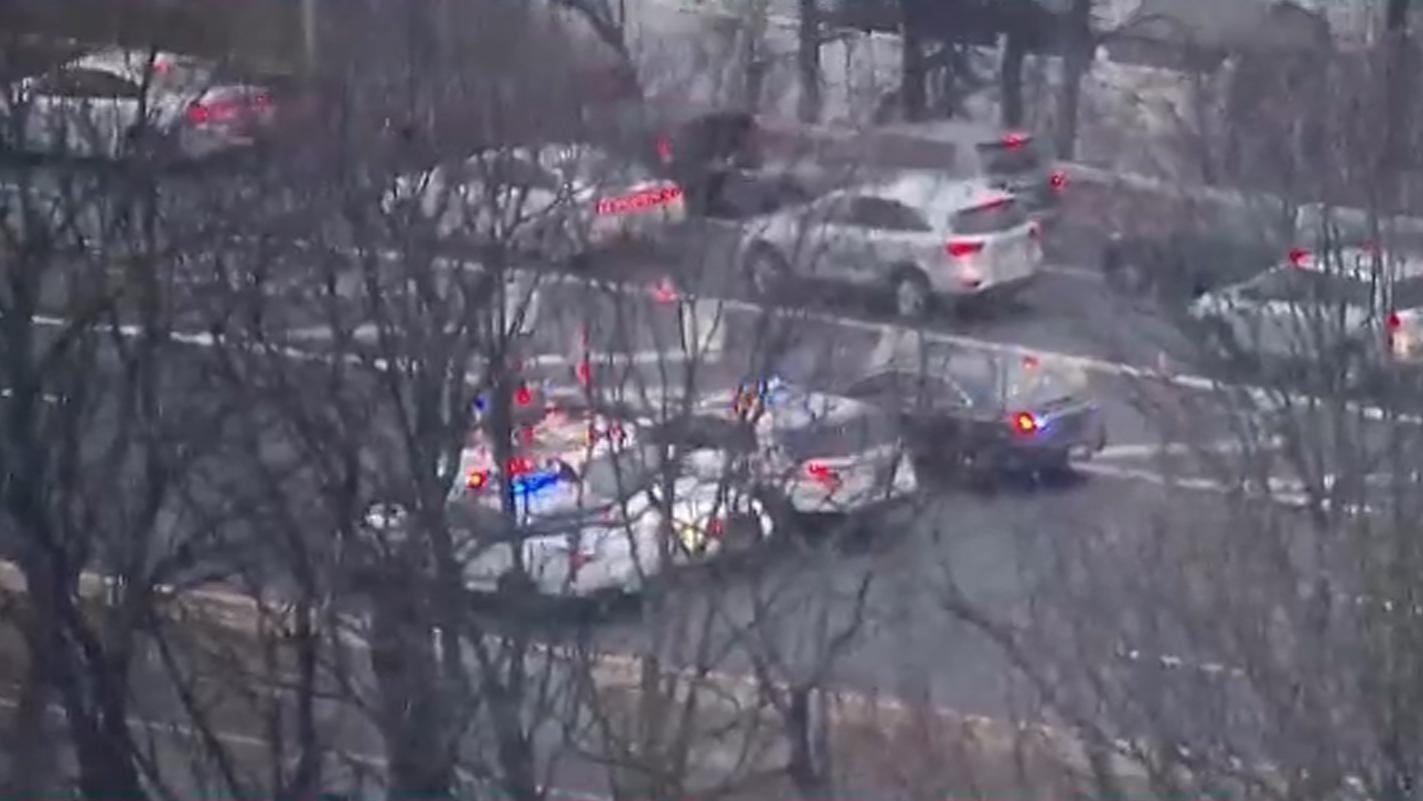 2 Men, 1 Woman Dead in Wrong-Way Crash in Queens: NYPD