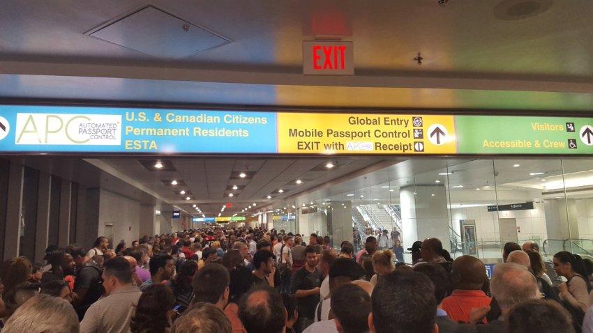 Miami-customs-outage