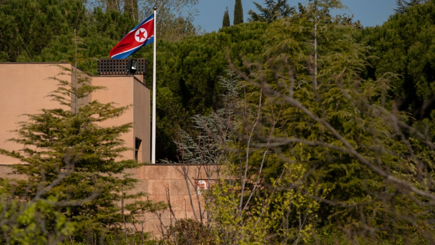 20190327_northkoreanembassyraided_0362_20190327111227279.jpg