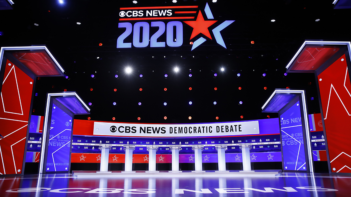 Live Blog: The 10th Democratic Primary Debate