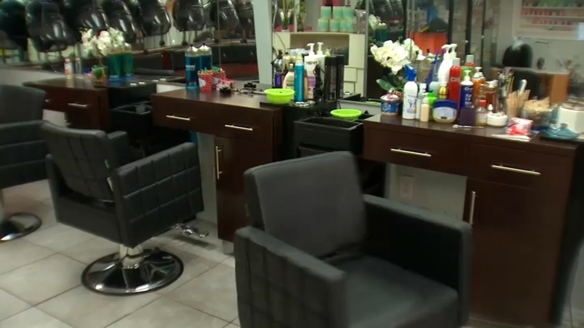 Chairs at empty salon