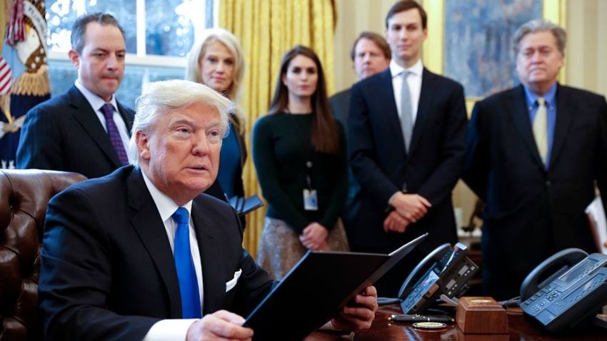 TLMD-donald-trump-oleoducto-firma-GettyImages-632590252