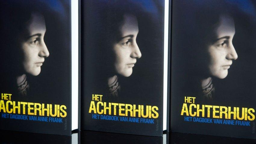 Anne Frank Costume