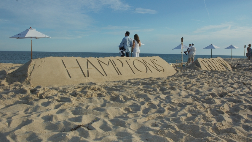 beach hamptons sign