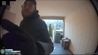 Alleged scammer caught on camera