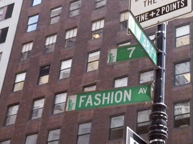 fashion avenue sign
