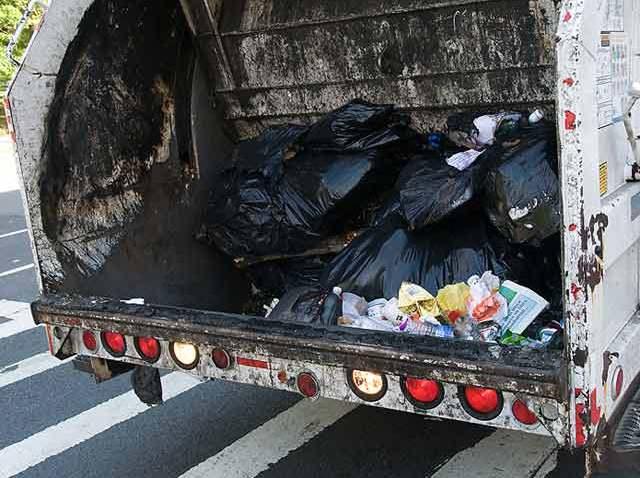 garbage-truck-blurb