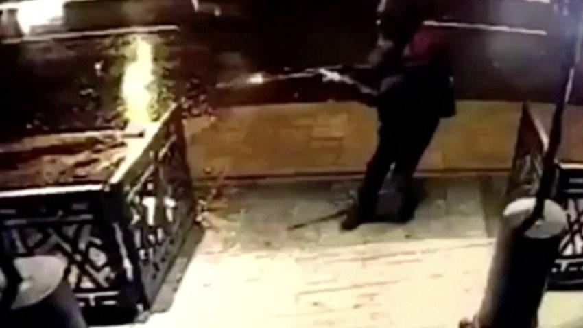 istanbul-nightclub-shooting-security-camera