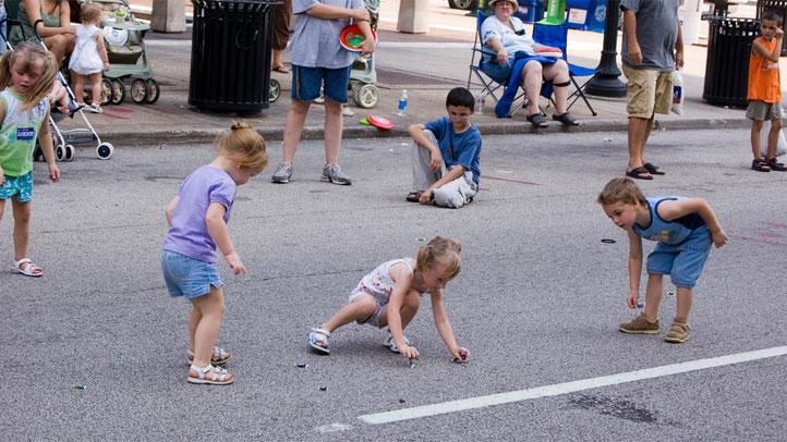 kids-parade
