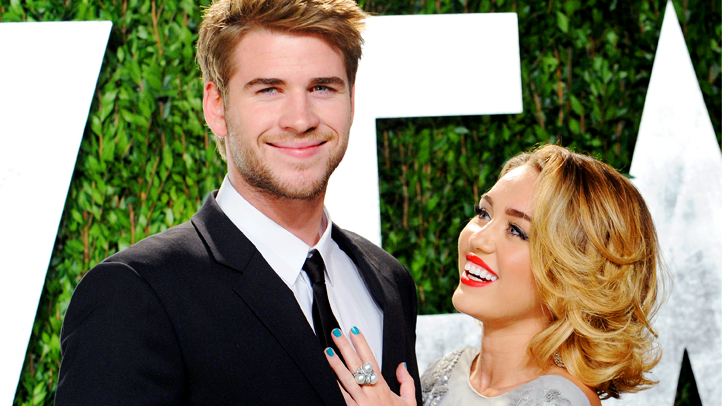 Miley Cyrus Liam Hemsworth engaged