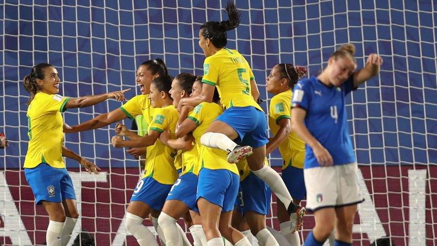 APTOPIX France Italy Brazil WWCup Soccer