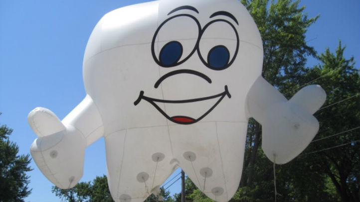 mickey balloon 2