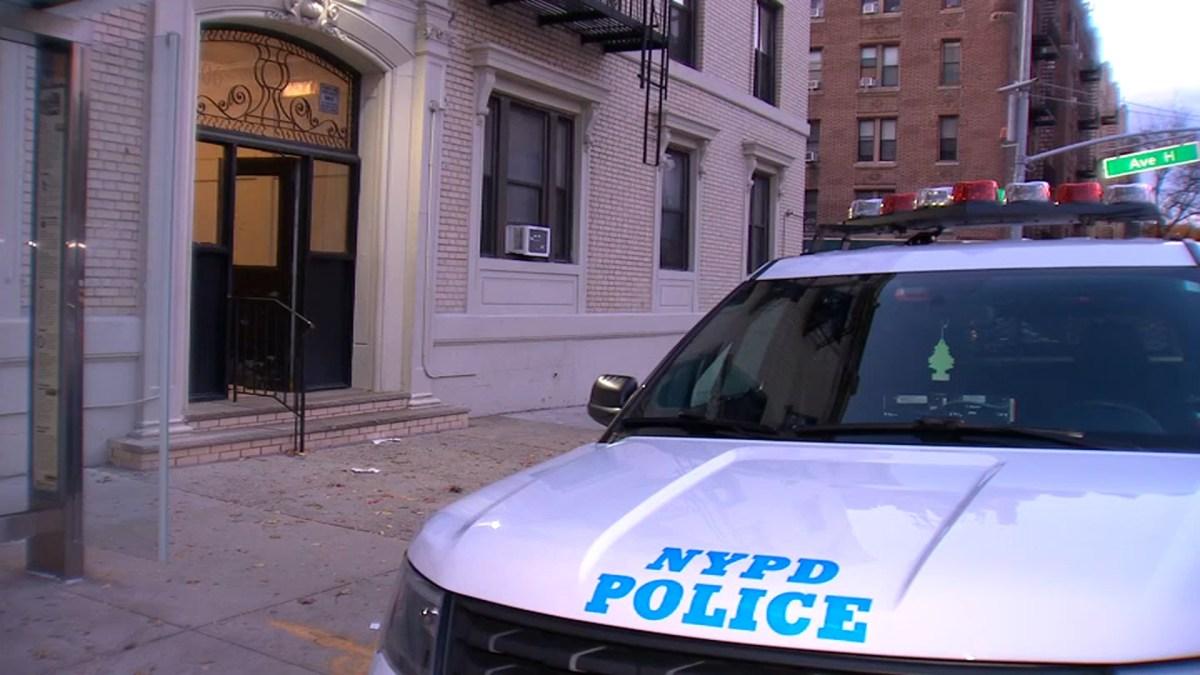 Williamsburg, Brooklyn Public Housing Stabbing Suspects ...  |Brooklyn Stabbing Suspect