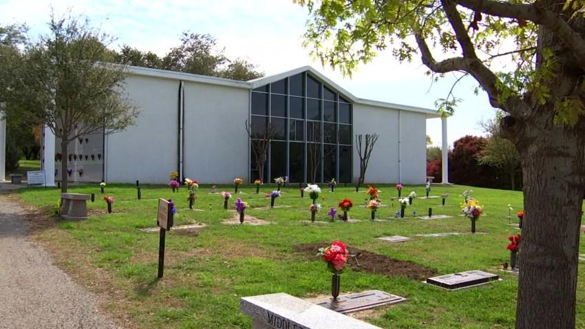 perry-cemetery-carrollton
