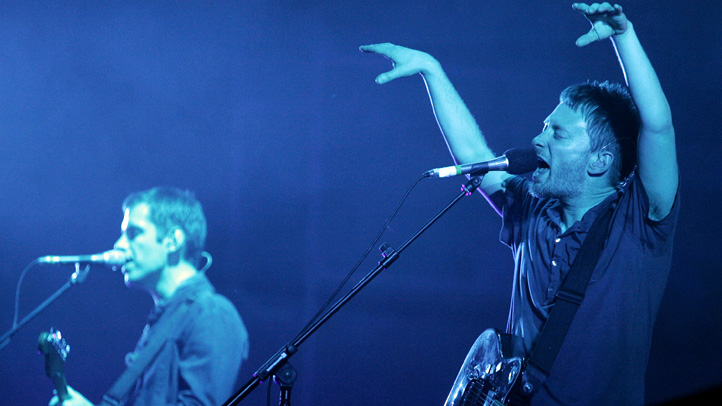 radiohead-performing