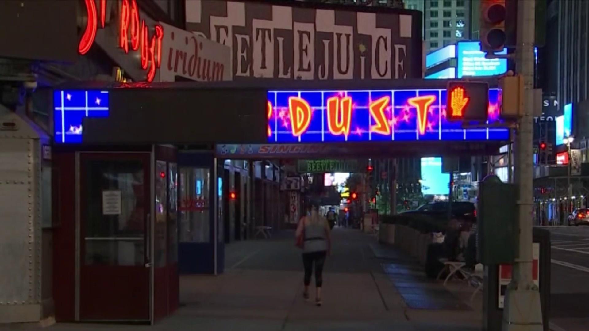 Iconic Ellen's Stardust Diner Avoids Shutdown, Will Reopen on Oct. 1 – NBC New York