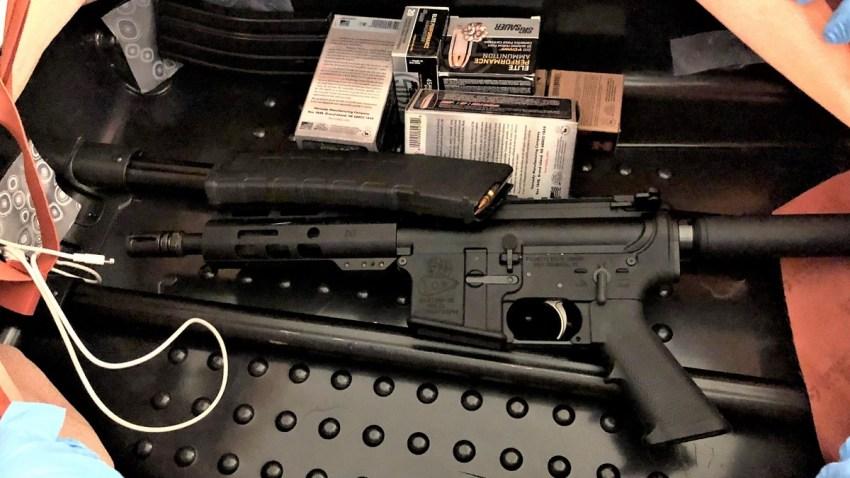 Assault Rifle found in Newark Airport