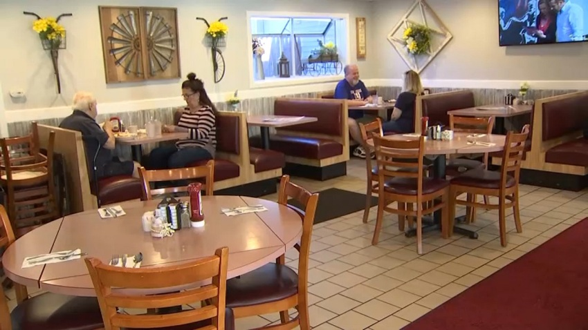 Customers inside Lakeside Diner in New Jersey dine indoors despite the risks due to COVID and despite state mandate banning indoor dining in restaurants.
