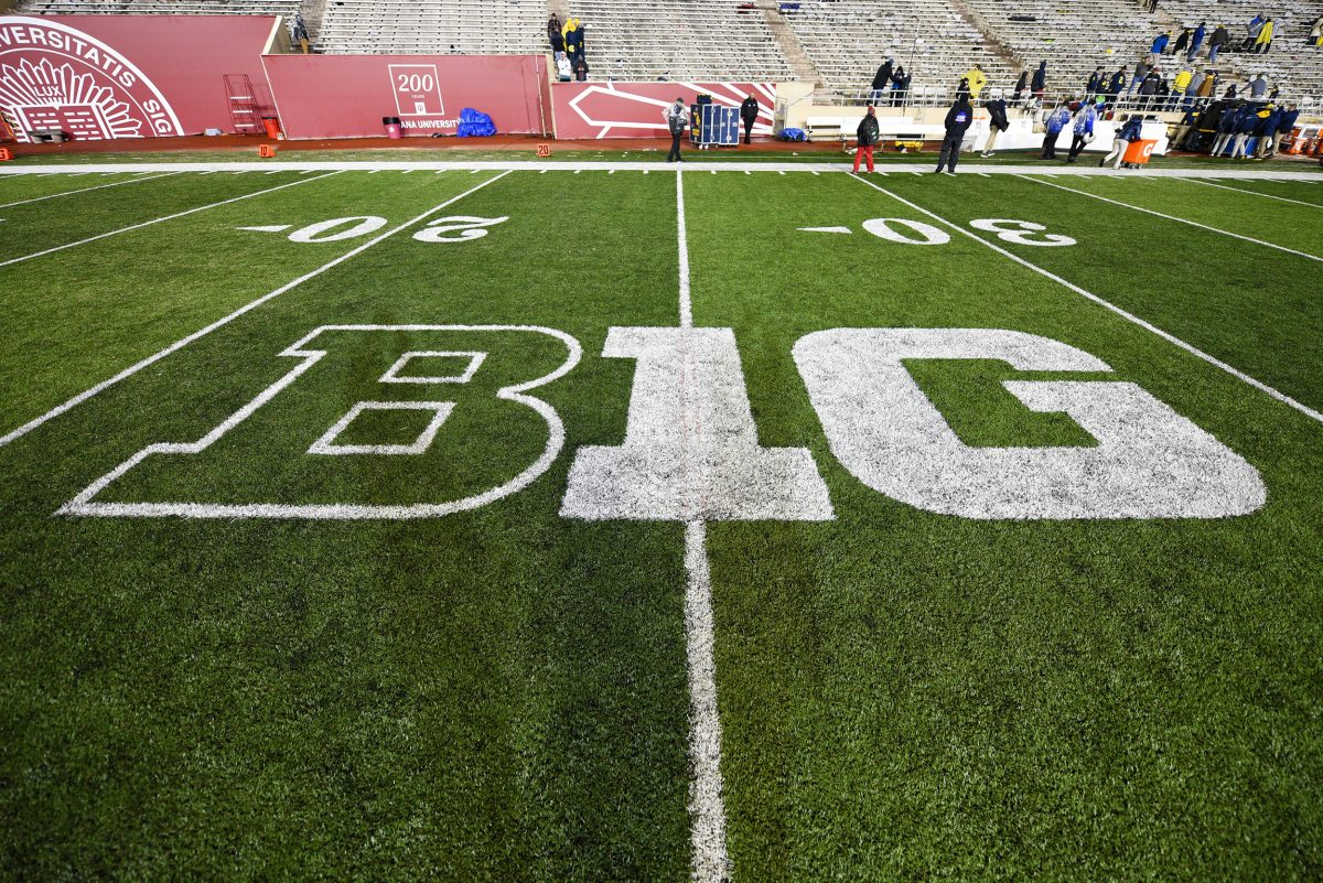 Mayors of Big Ten Cities Voice COVID-19 Concerns as College Football Kicks Off