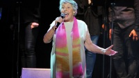 'I Am Woman' Singer Helen Reddy Dies at 78 in Los Angeles