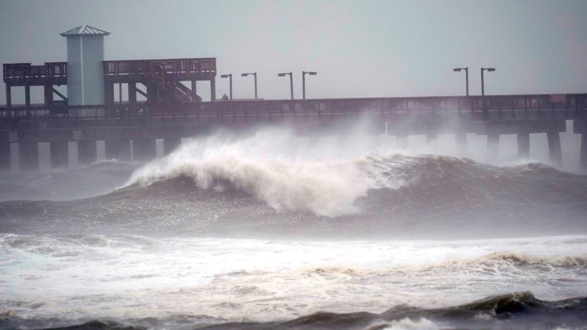 Hurricane Sally Blasts Ashore in Alabama With Punishing ...Hurricane Sally Tracker