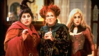 'Hocus Pocus' Stars Reunite for Voting Video Before Special