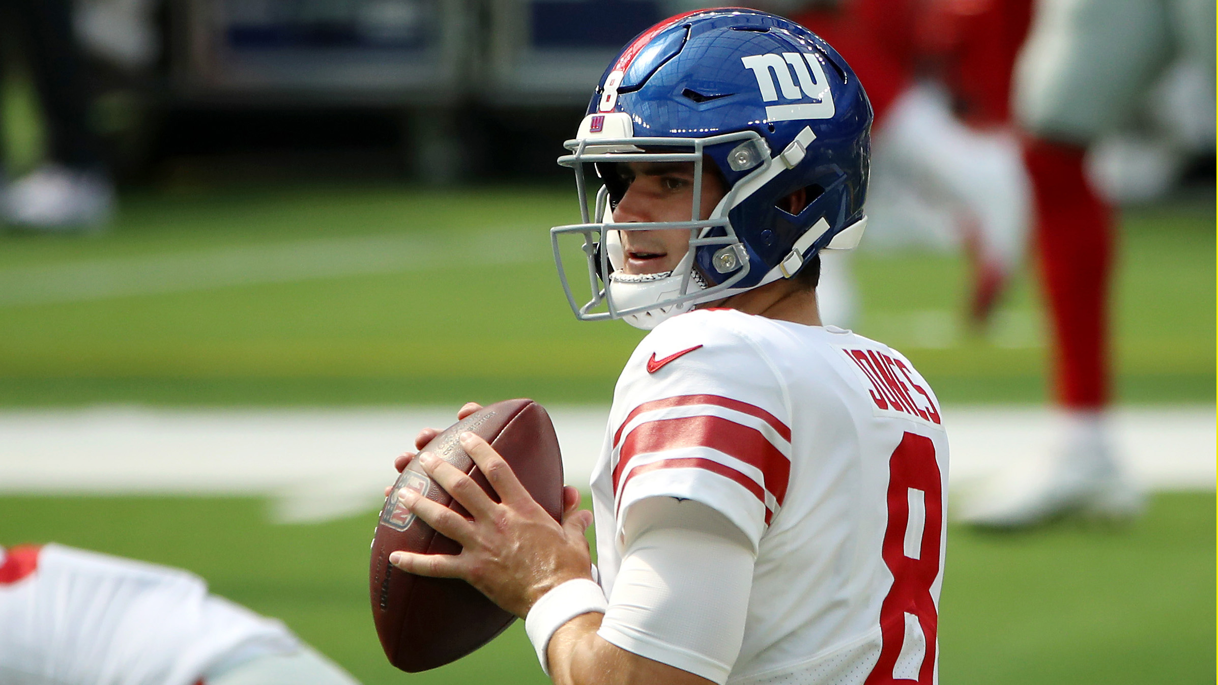 Judge: Maskless Daniel Jones and Other Giants Players to Be Handled Internally