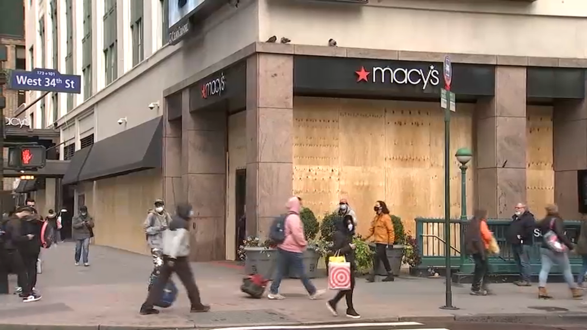 Midtown Stores Board Up Windows Ahead of Potential Election Night Unrest –  NBC New York