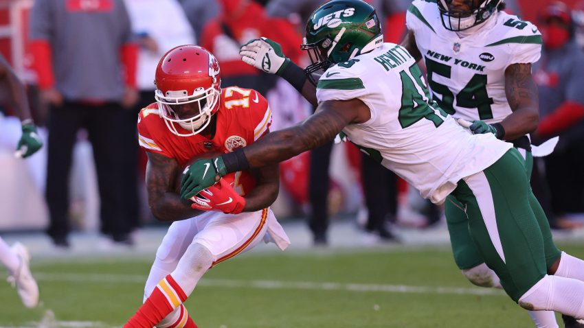 Mecole Hardman #17 of the Kansas City Chiefs runs with the ball against the New York Jets