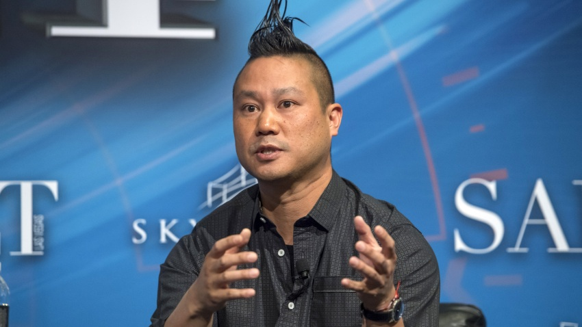 Tony Hsieh, chief executive officer of Zappos.com Inc., speaks at the Skybridge Alternatives (SALT) conference in Las Vegas, Nevada, U.S., on Thursday, May 18, 2017.