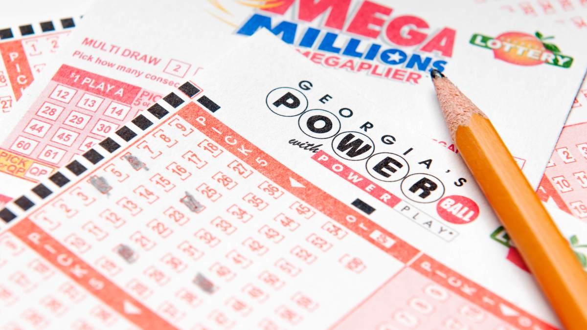 Mega Millions Jackpot Reaches $432 Million for Tuesday ...