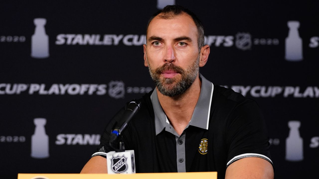 Zdeno Chara, 44, Returning to Islanders on 1-Year Contract