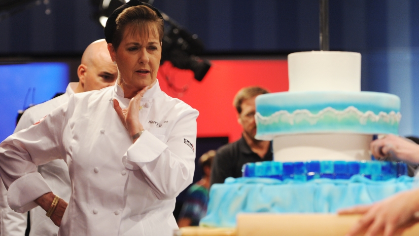 (CM) FE08REALITYFOOD_CM12 The Food Network's Challenge program shot the episode Blind Date Cakes on Monday, December 8, 2008 at the Comcast studios. Judge Kerry Vincent from Tulsa, OK studies a creation during the 8 hour process. Cyrus McCrimmon, The Denv