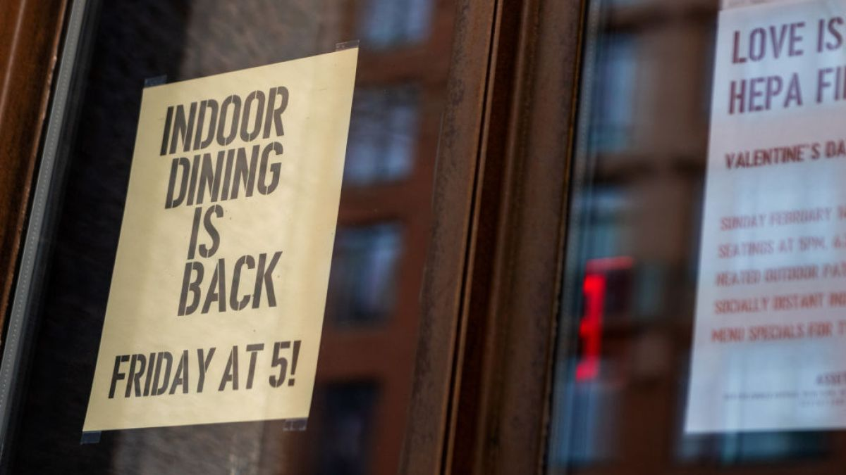 Cuomo Moves Indoor Dining Curfew to 11 PM; NYC Warns 'Proceed With Caution' on Reopening - NBC New York